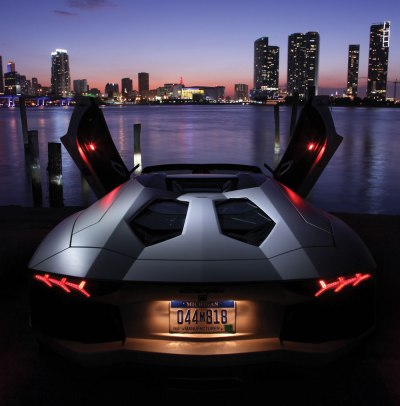 Lamborghini Aventador LP 700-4 Roadster - In Review Magazine