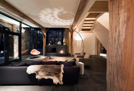 Grote slaapkamer gezellig maken  Ongewone meubels