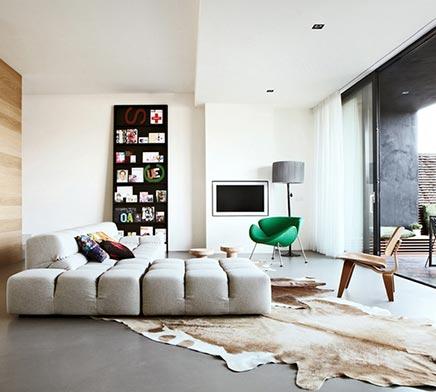 Moderne woonkamer in IJburg  Inrichtinghuiscom