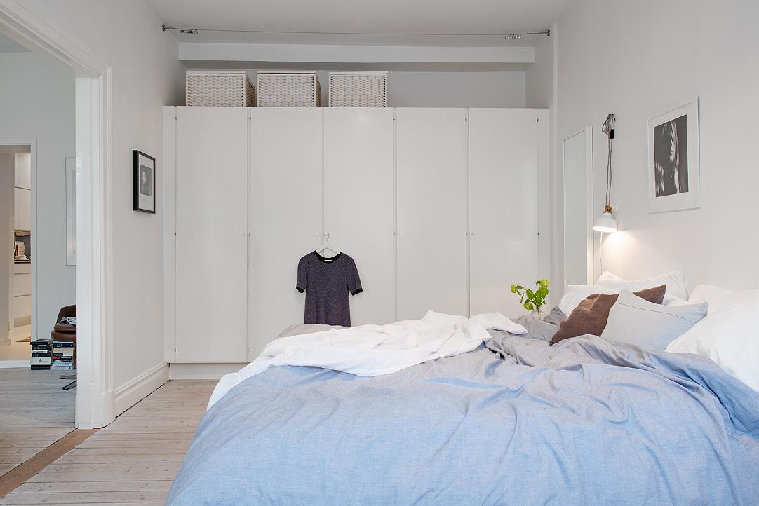 Mooie slaapkamer met inbouwkast  Inrichtinghuiscom