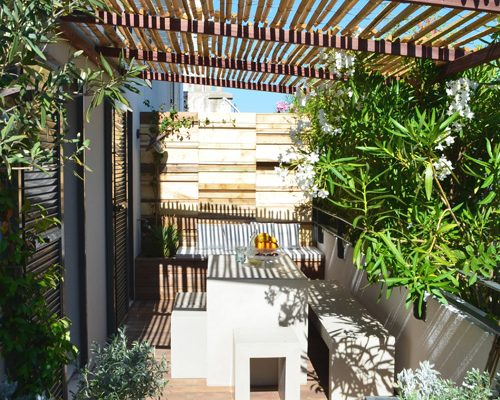 Balkon afschermen met rieten matten  Inrichtinghuiscom