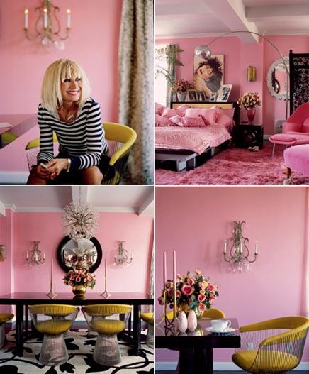 Roze inrichting van het huis van Betsey Johnson