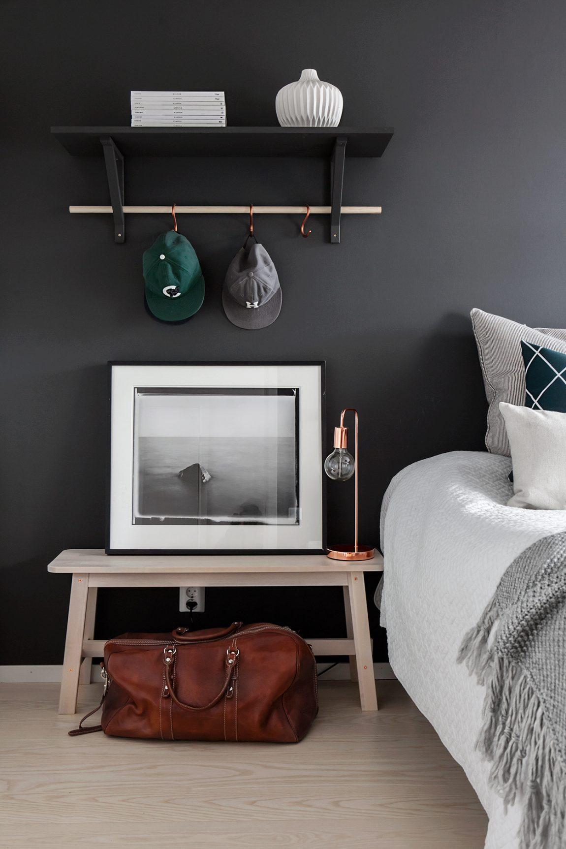Slaapkamer met zwarte muren  Inrichtinghuiscom