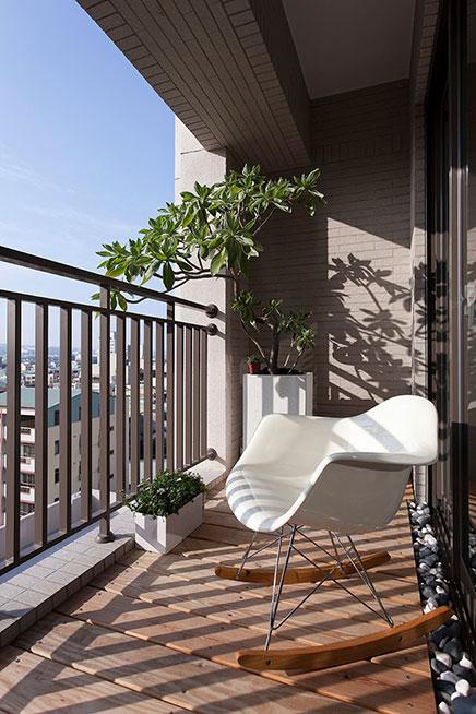 Smal balkon aan de woonkamer  Inrichtinghuiscom