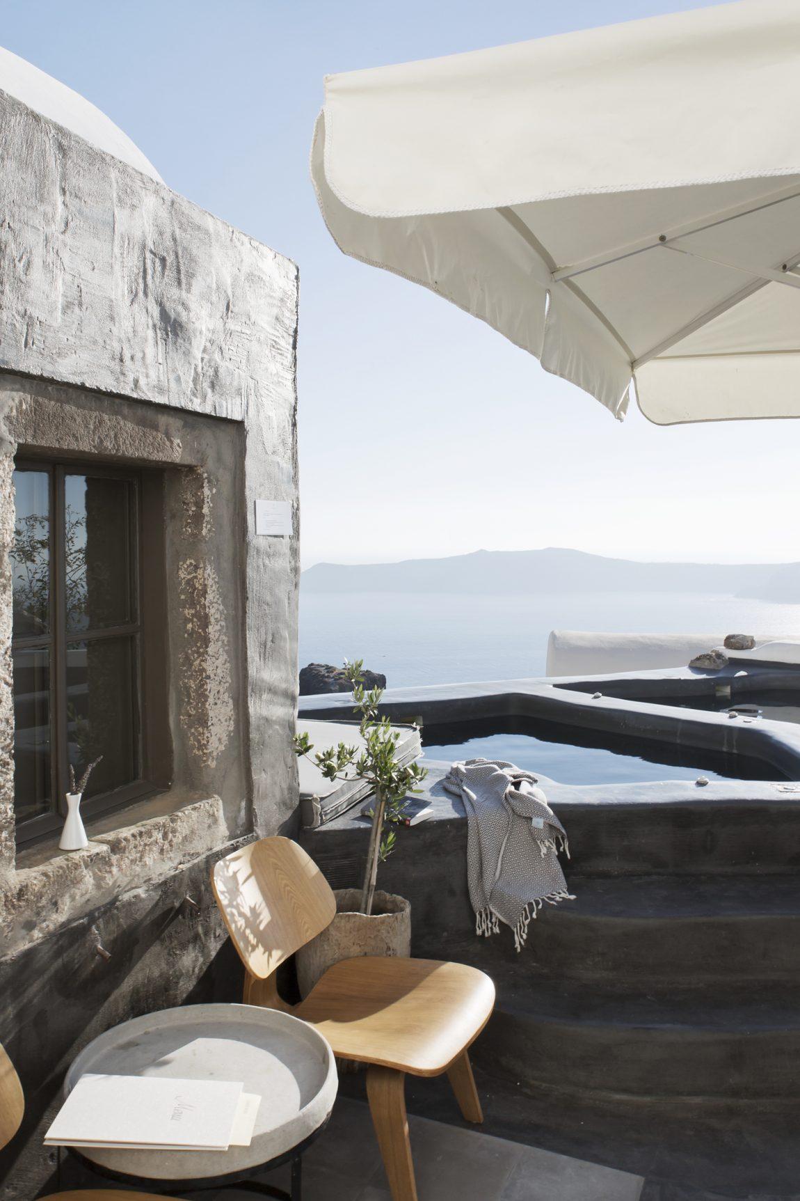 Sophia Suites in Santorini  Inrichtinghuiscom