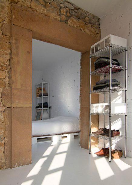 Stoere budget loft slaapkamer  Inrichtinghuiscom