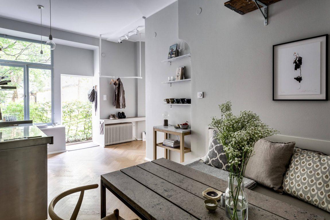 Stoere keuken met gezellige eethoek woonkamer  Inrichting