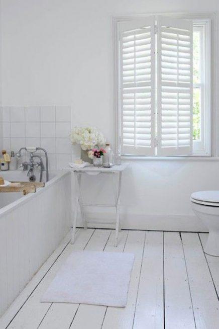 10x Shutters in de badkamer  Inrichtinghuiscom