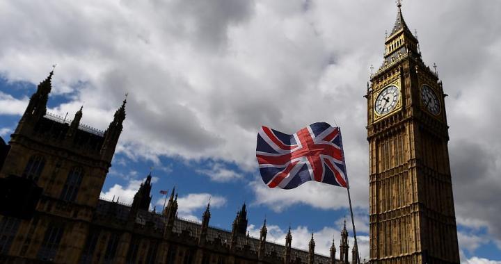 Parlamentari bombardati da quasi tre milioni di attacchi e-mail mensili
