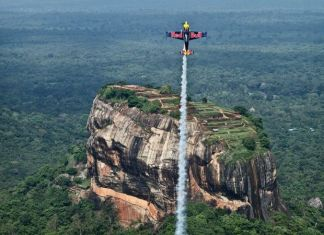 Red Bull Champion Pilot Peter Besenyei flew over the iconic Sigiriya rock as a teaser to the Red Bull Air Show.