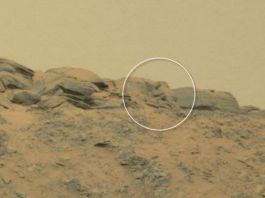 Gigantic Buddha statue on Mars