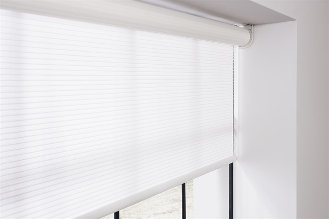 Rgb Adds Qmotion Wireless Blinds To Shading Solutions Oakley Com Es
