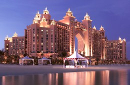 Nasimi Beach unveils Autumn/Winter line up. And it's not too bad at all…