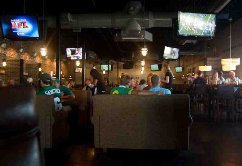 chairs for short people camouflage recliner chair cover review of brick house tavern + tap 33304 restaurant 1451 n fed