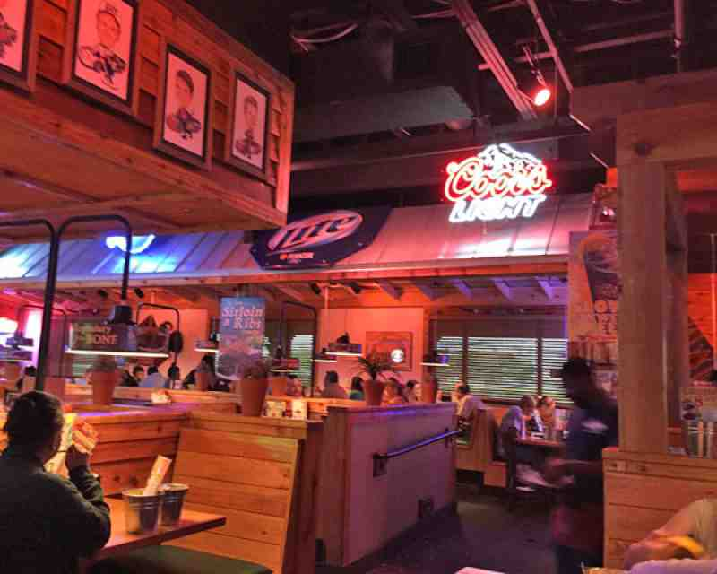 Review of Texas Roadhouse 33027 Restaurant 3241 Sw 160Th Ave.