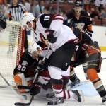 Puck battle at the Ducks net