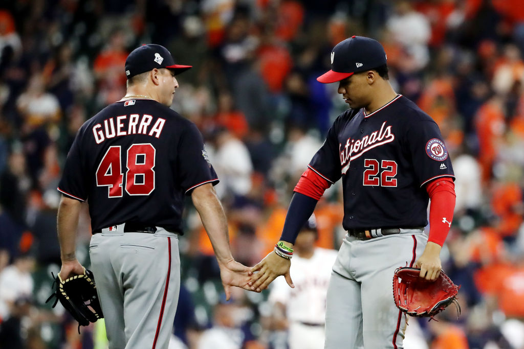 Nationals Rout Astros 12 3 Take 2 0 World Series Lead