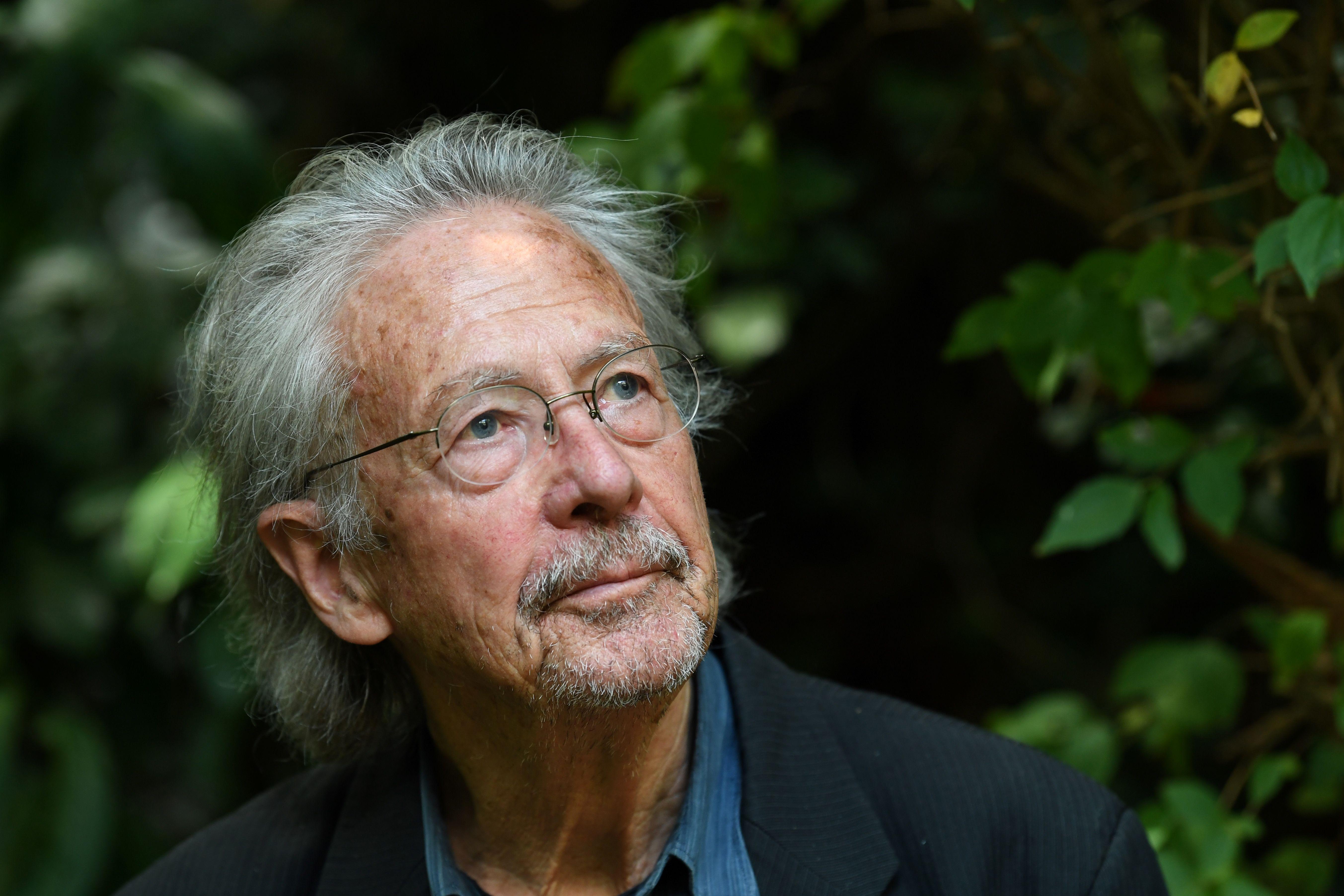 Critics Slam Peter Handke S Shameful Nobel Prize For