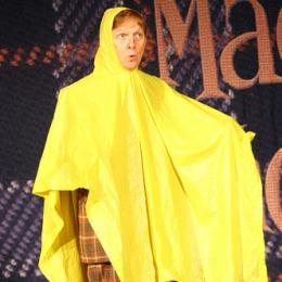 Image of Mac King in Cloak of Invisibility