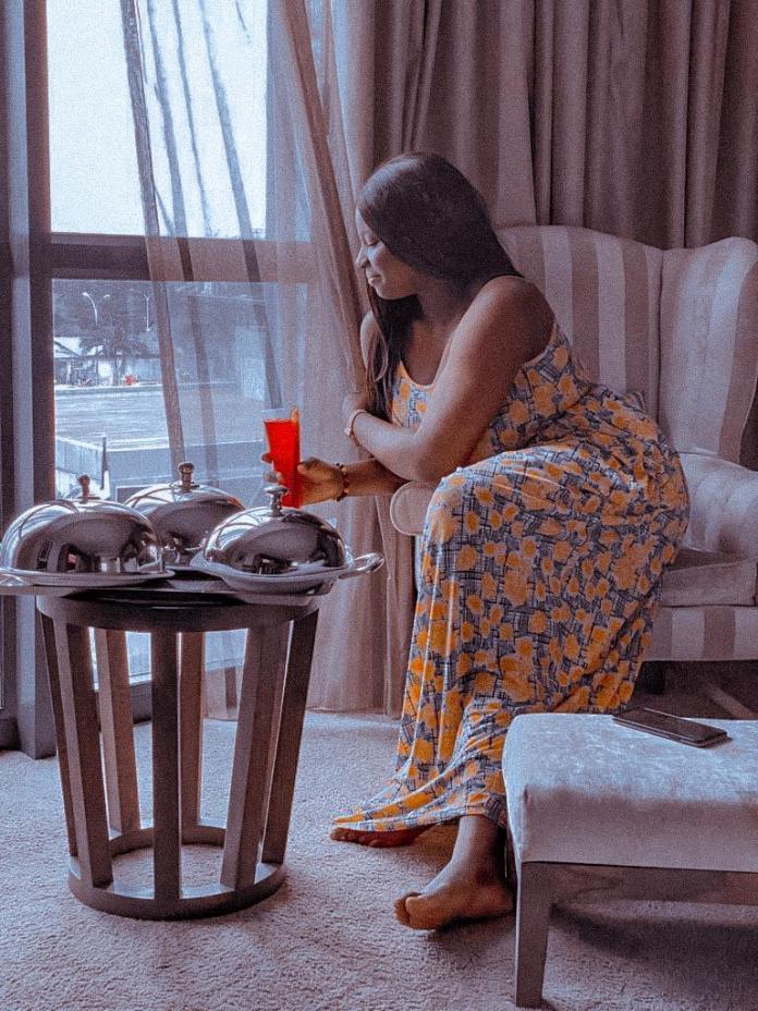 Meet Oaubrezzident (Agboola Esther)
