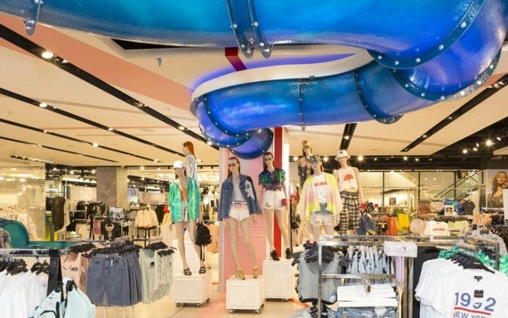 Topshop Splash physical retail VR