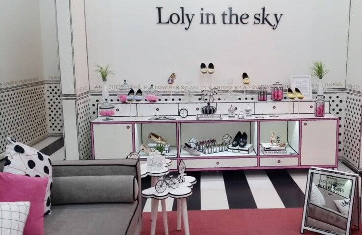 Loly in the sky - Physical Store