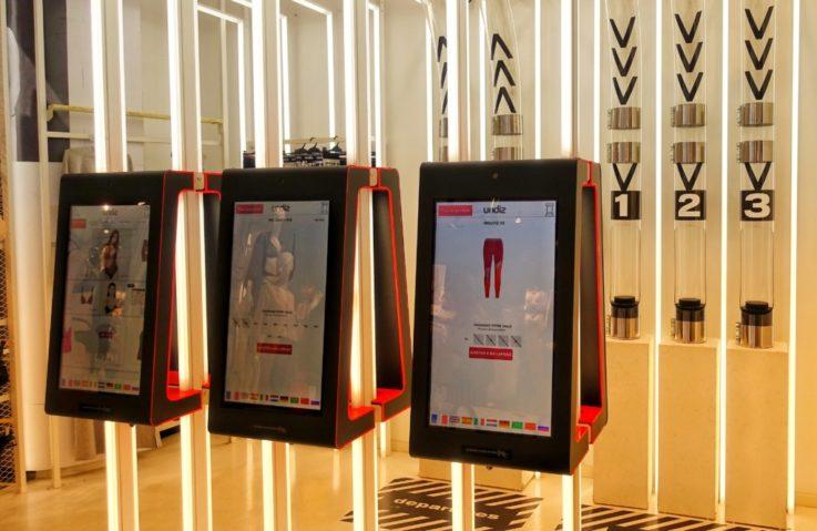 retail tech Paris apparel