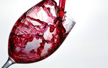 Add Red Wine To Fight Off Accelerated Aging