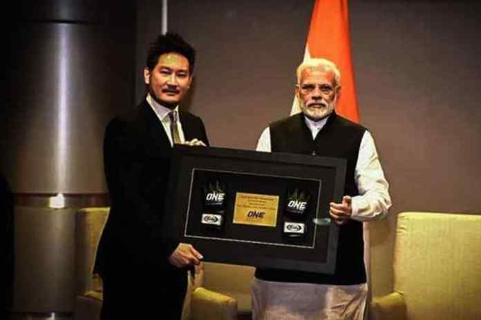 ONE Championship Chairman and CEO Chatri Sityodtong meets Narendra Modi - InsideSport