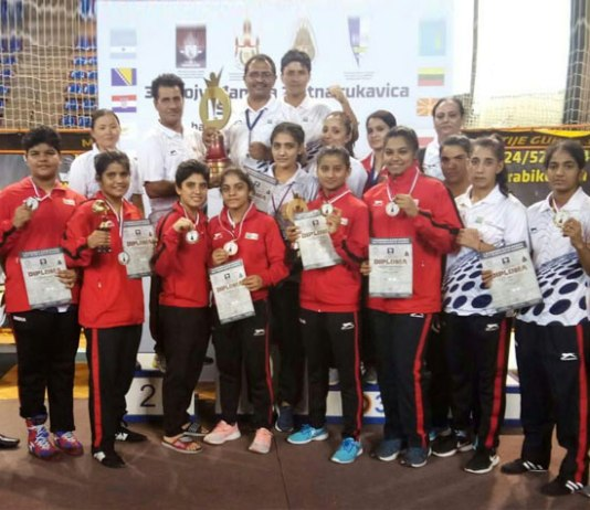 Golden Glove Boxing: Indian youth boxers thrash Serbia