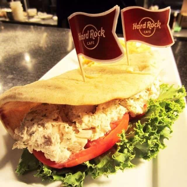 chicken-salad-pita