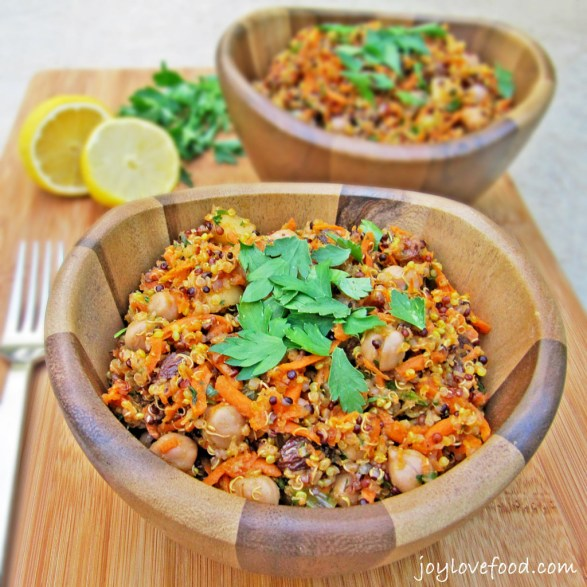 Curried-Quinoa-and-Chickpea-Salad-with-Carrots-Apples-Raisins-2-1024x1024