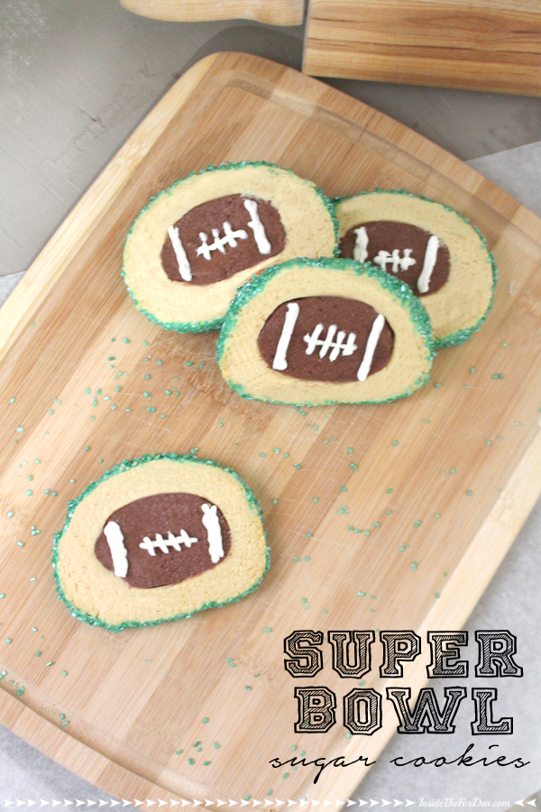 I know what I'm making for the big game! These cookies are so cute!