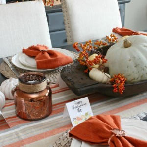 Thanksgiving Tablescape & Printable Place Cards