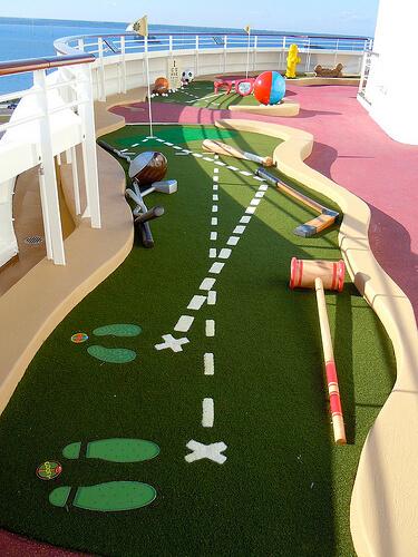 Goofy's Mini Golf - Disney Dream
