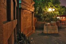 Haunted Mansion Op Turns Guest Heads Headstones