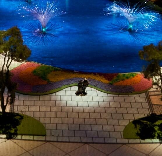 PHOTO: Shanghai Disneyland Model Features Biggest-ever