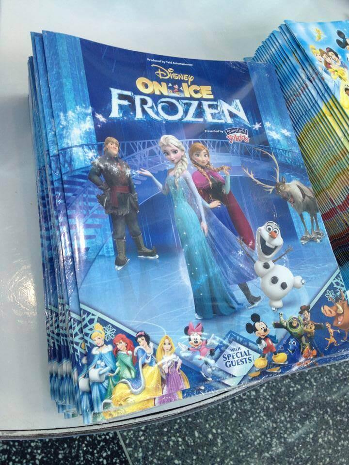 """Frozen"" makes Disney On Ice debut, retelling hit film ..."