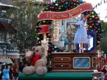 Christmas Fantasy Parade Thrills Holiday Guests