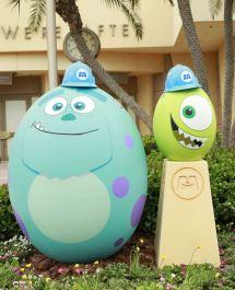 Tokyo Disneyland Celebrates