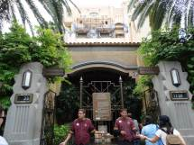 """Video """"hollywood Tower Hotel"""" Sign Removed"""