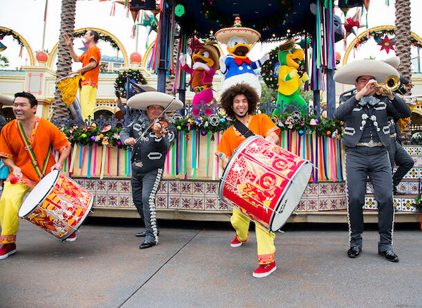 """'DISNEY ¡VIVA NAVIDAD!' – At Disney California Adventure Park, """"Disney ¡Viva Navidad!"""" takes over Paradise Gardens for the Holiday season, with a daily celebration inspired by the warmth and joyous spirit of Latino culture and holiday traditions. From Nov. 13, 2014 through Jan. 6, 2015, """"Disney ¡Viva Navidad!"""" offers special activities such as live Latino music, dance lessons, crafts for children and a """"Disney ¡Viva Navidad! Street Party."""" (Paul Hiffmeyer/Disneyland)"""