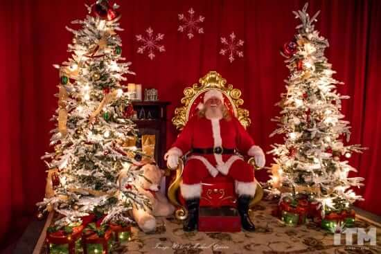 2016-enchanted-christmas-village-29