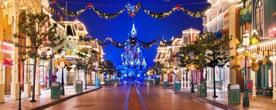 disneys christmas parade makes a comeback spreading magic and making snow fall in disneyland park see mickey and friends as they travel down main street - When Does Disneyland Decorate For Christmas 2017