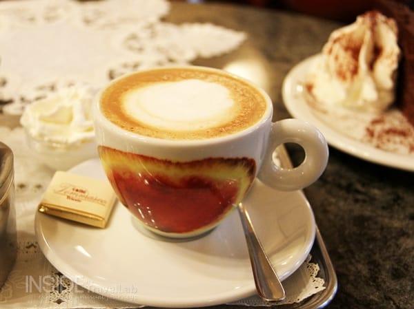 Italian foods illy