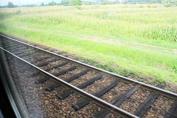Train tracks sharp