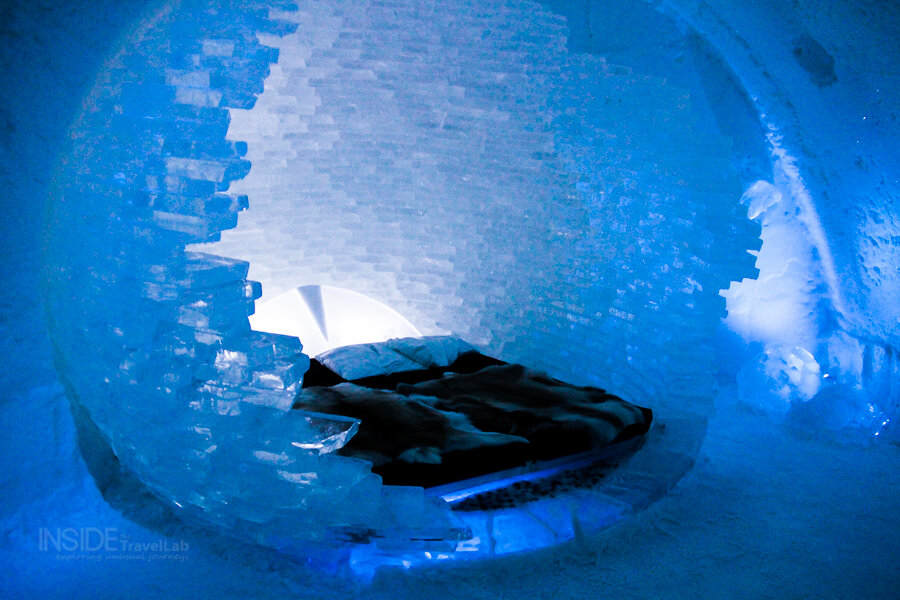Sleeping in an ice sphere