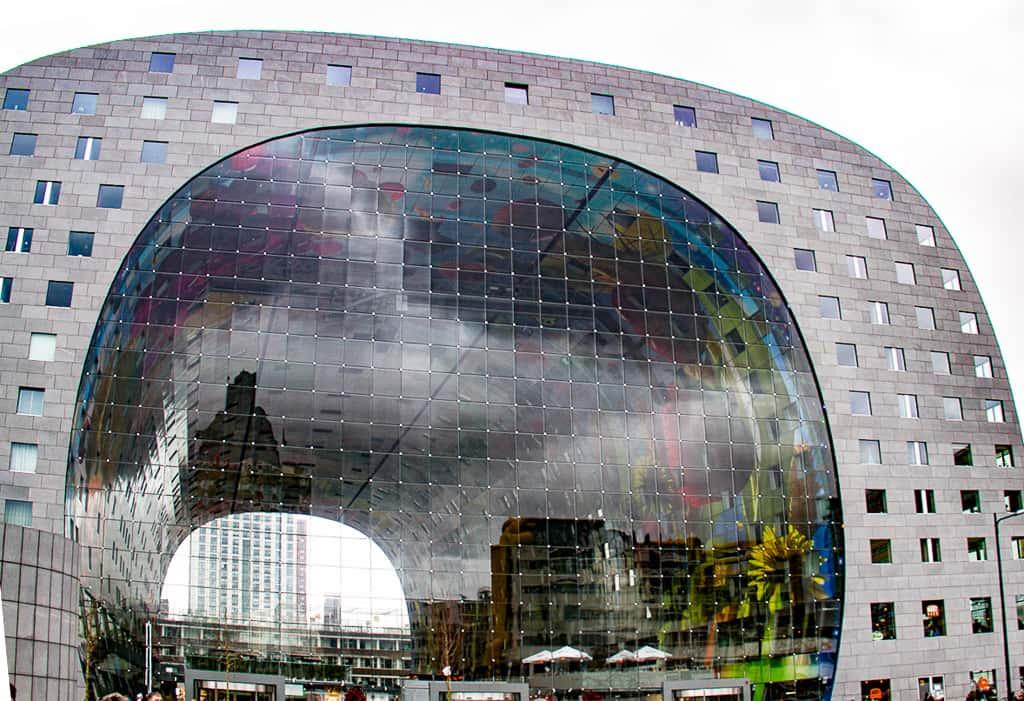 Spectacular indoor market in Rotterdam