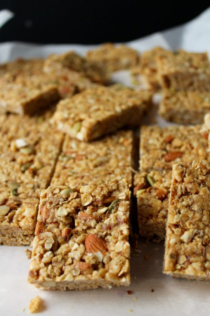 Chewy Honey Nut Granola Bars! These healthy, naturally sweetened bars are PERFECT! Yum!!