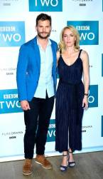 Jamie Dornan e Gillian Anderson, no lançamento de The Fall Temporada 3